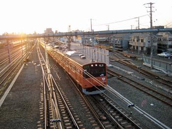 オレンジ電車