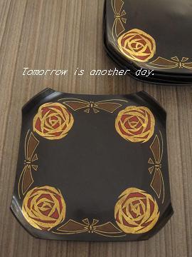 薔薇と蝶の菓子皿