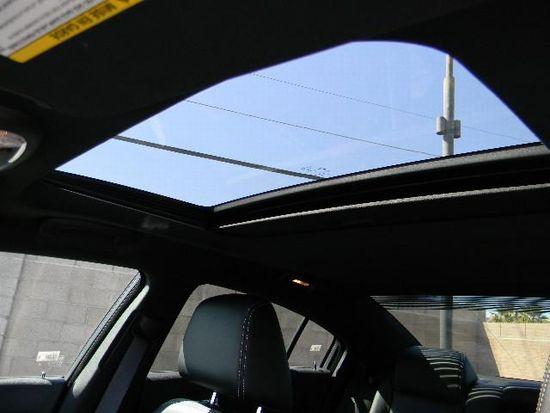 2011_Charger_Rallye_Plus_07.jpg