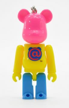 2010nenga-bearbrick-04.jpg