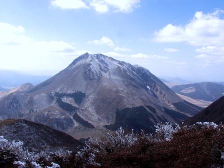 山頂から由布岳P1011470