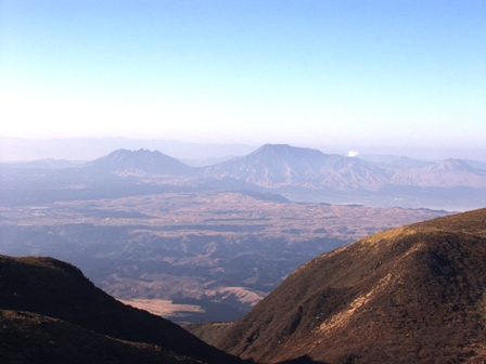 星生山山頂から阿蘇山P1011581
