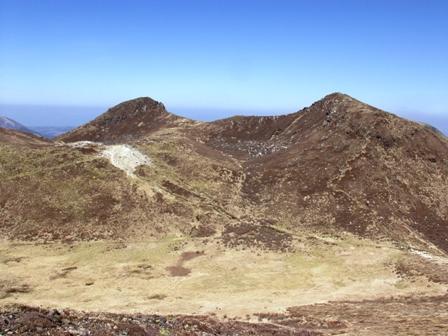 稲星山頂から中岳P1011658