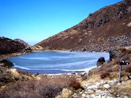 御池の氷CIMG0178