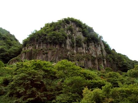 耶馬溪の岩山P7241268