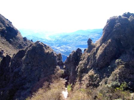 マタエから西峰への上り口U(振り返り)CIMG0142