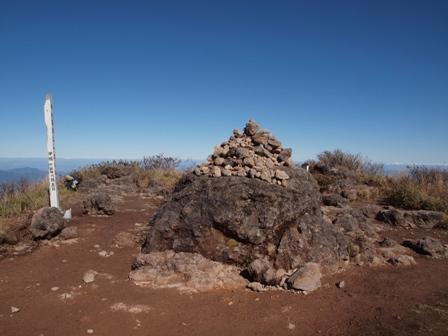 西峰山頂PB041937