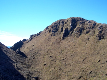 難所を越えての西峰全体CIMG0216