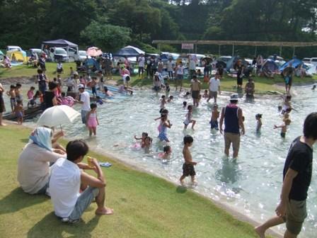 2010.7.31ドイツ村のプール