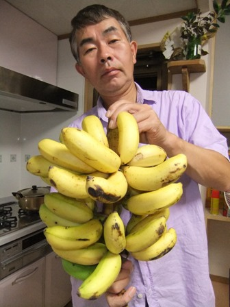 2010.9.16色着いたバナナ 001