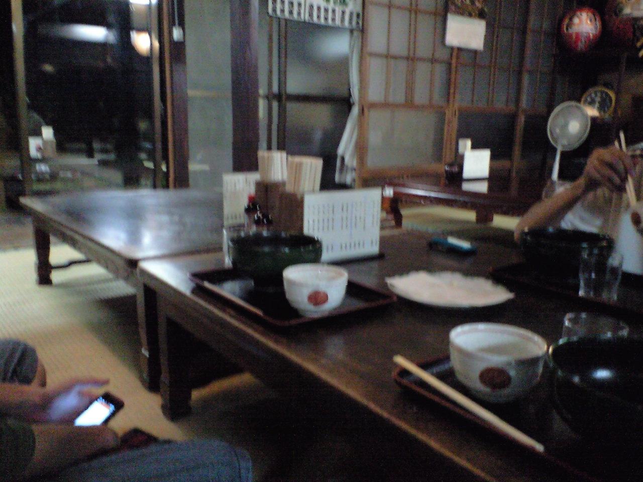 福島屋で山菜そばをいただく