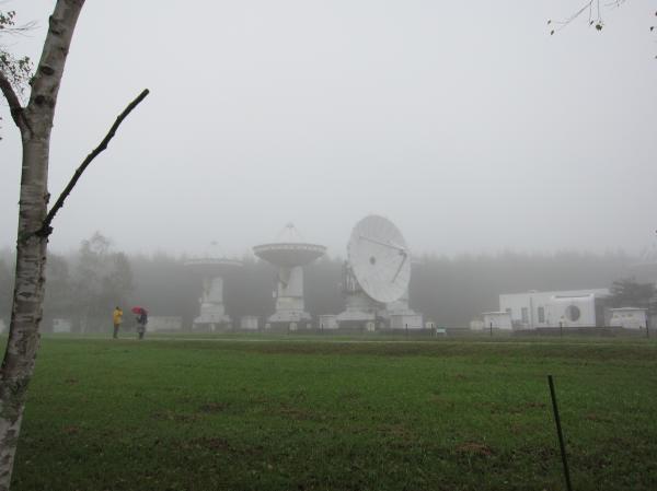 ミリ波干渉計の10mアンテナ