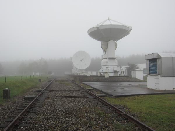 10mアンテナを運ぶための線路