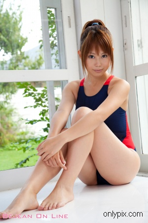 Bejean-on-line-201012-Arisa-Seto.jpg