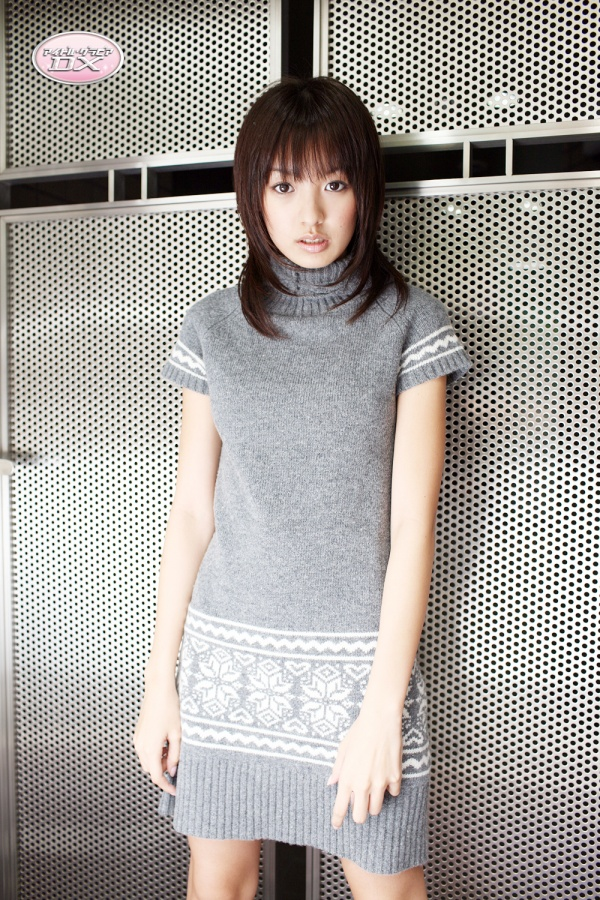 GravureDX-Akina-Minami.jpg