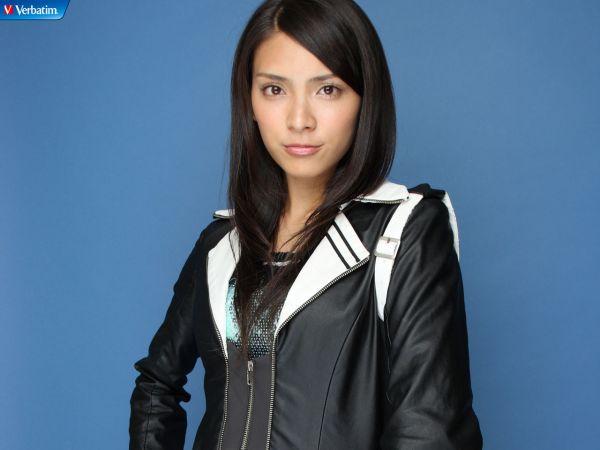 Verbatim-AKB48-05.jpg