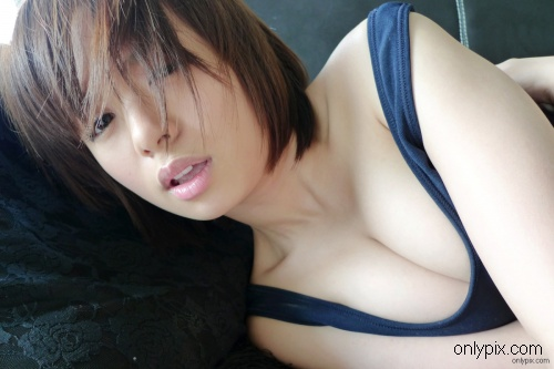 zk-jp-Rika-Hoshimi-Vol-04.jpg
