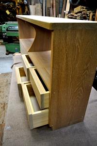 じざい工房 小林康文の素材を生かす家具作り