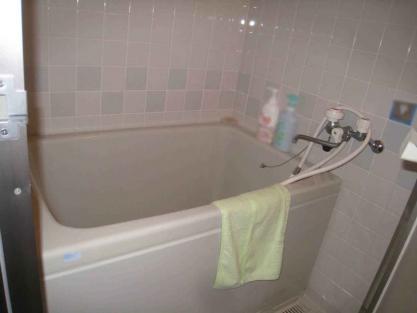 【施工事例vol.49】施工前:ユニットバスの交換(マンション浴室リフォーム)