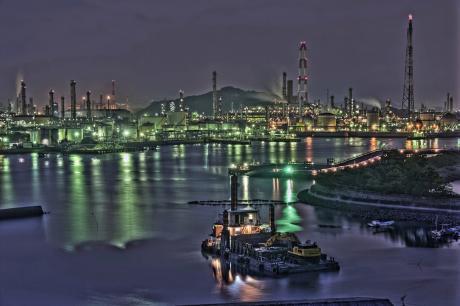 水島コンビナートの俯瞰夜景