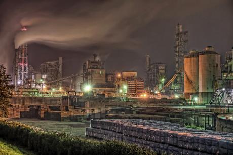 日本製紙岩沼工場の夜景