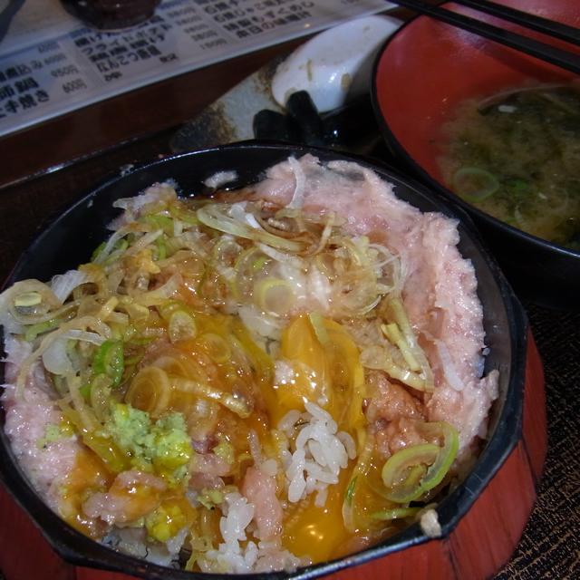 海鮮屋 マグロ丼