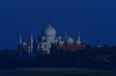 2013.02.07.インド タージマハール ND7_9815