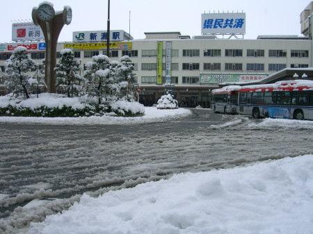 新潟駅前大寒波_20091217