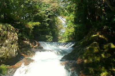 伏伸の滝39