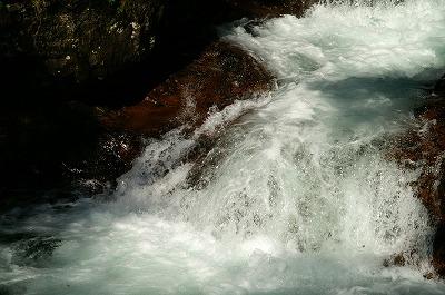 伏伸の滝57