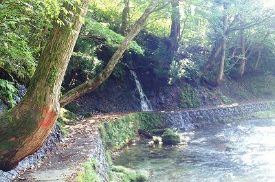 伏伸の滝43