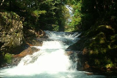 伏伸の滝36