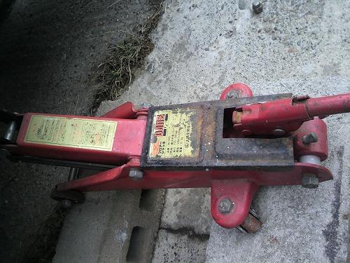 タイヤ交換704