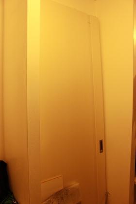 寝室ドア WIC