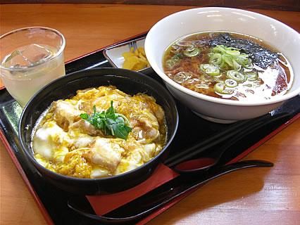 村の駅トプカイ レストラン 鳥夢セット(1000円)