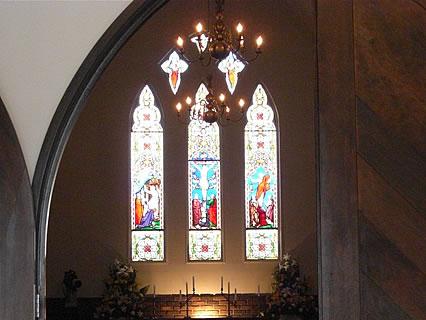 アンナガーデン 聖アンナ教会 チャペル内のステンドグラス