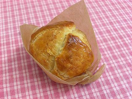 CAKE FACTORY HIROYA もちパイ(158円)