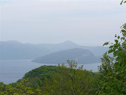 滝ノ沢展望台から見た十和田湖