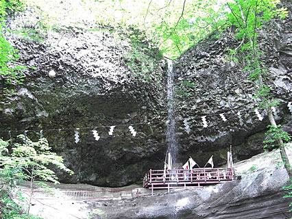 乳穂ケ滝-2