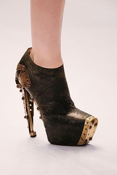 Alexander McQueen Steampunk-esque Heels10ss2