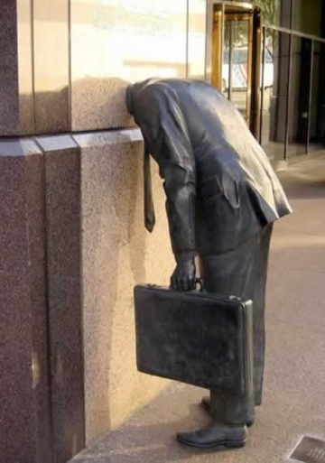ernst  young statue