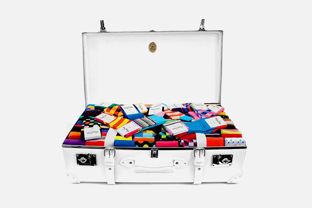 globe-trotter-happy-socks-cases.jpg