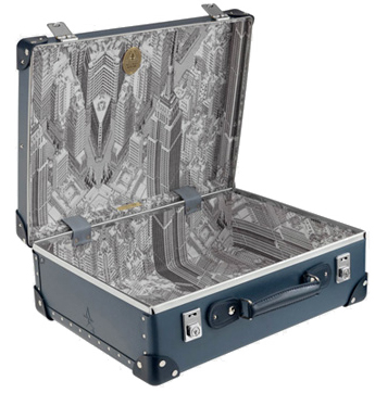 wallpaper-globe-trotter-suitcase.jpg