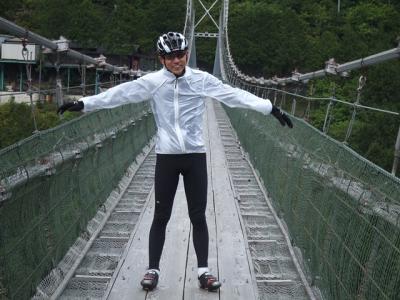 吊り橋で、たかGさん_R