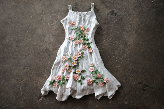 Ai-Wei6695_Flower-Dress-white_1ae2c89f26.jpg