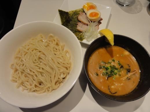 110414東京駅・麺処ほん田_0020
