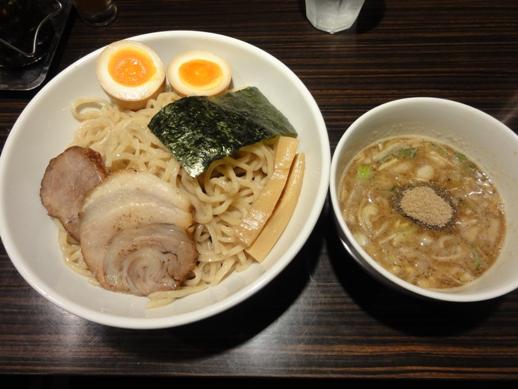 110524.新橋・京鰹節つけ麺愛宕0011