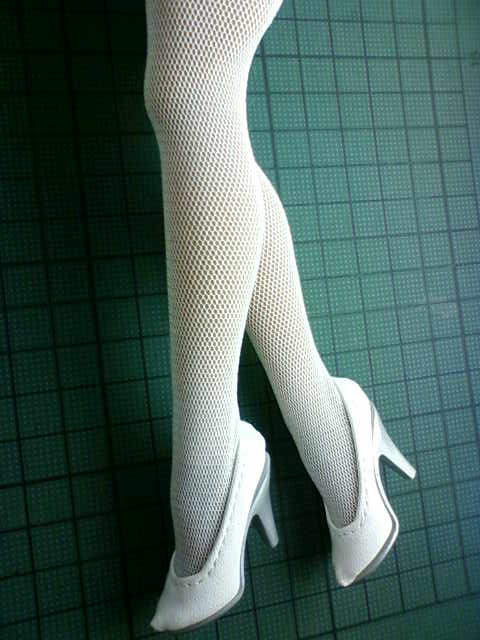 stockings_pumps_a.jpg