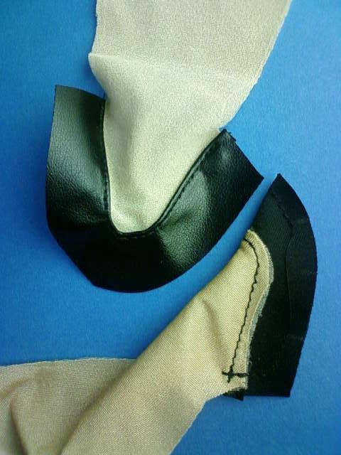 stockings_pumps_making_h.jpg