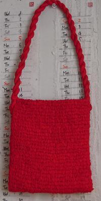 紅絹のバッグ 1